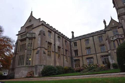 Kingswood School Bath