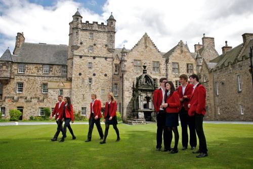 去英国读私立学校要做哪些准备?