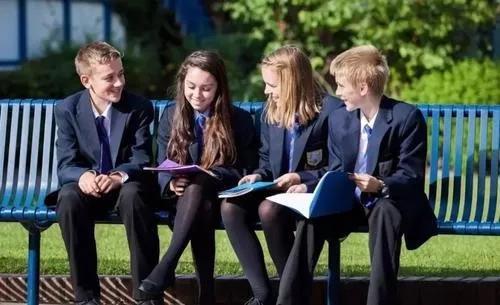 """英国私立寄宿学校神秘的""""教牧关怀""""到底是什么?"""