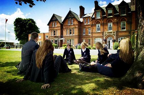 英国中学留学需要哪些条件?