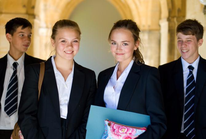 英国最美私校之一Lancing College 蓝星中学