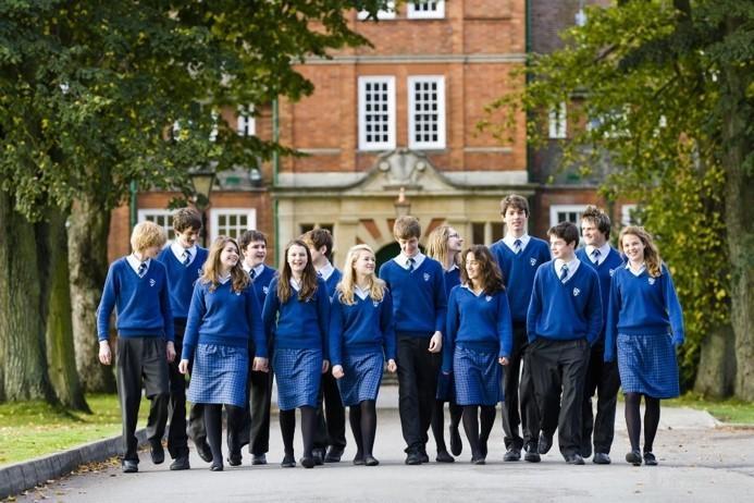 英国低龄留学:义务教育到GCSE结束