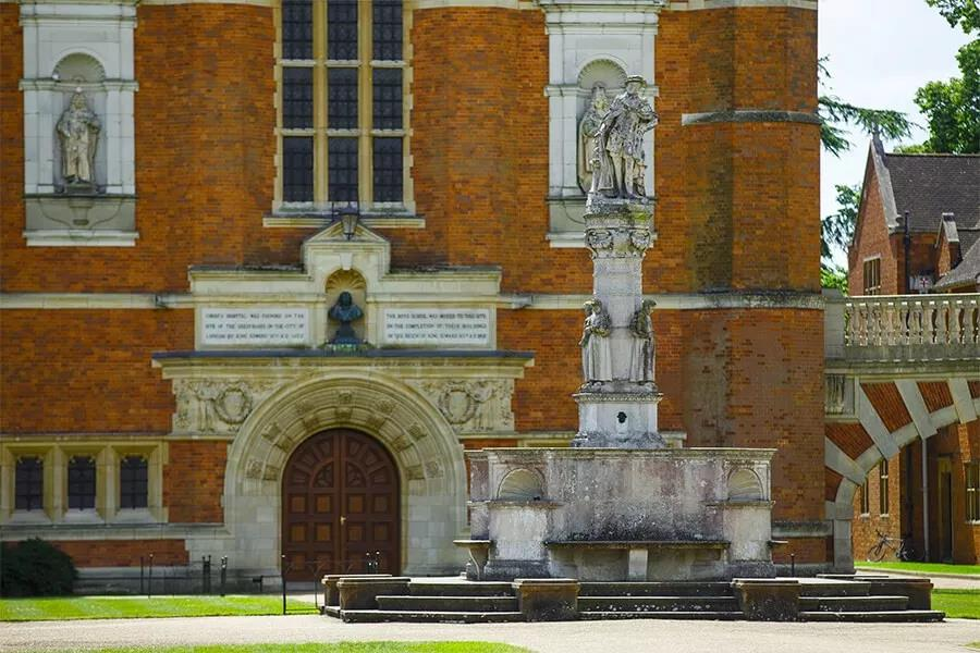 英国低龄留学九大寄宿公学之一,神秘的基督公学