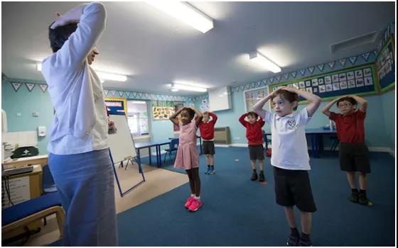 英国低龄留学:30所私校濒临破产,BSA发布开学指南