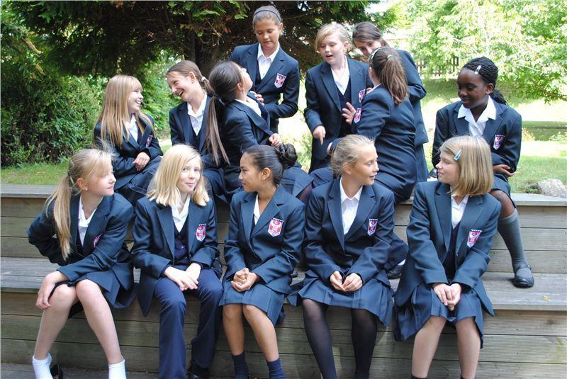 重磅:英国低龄留学,GCSE难度降低
