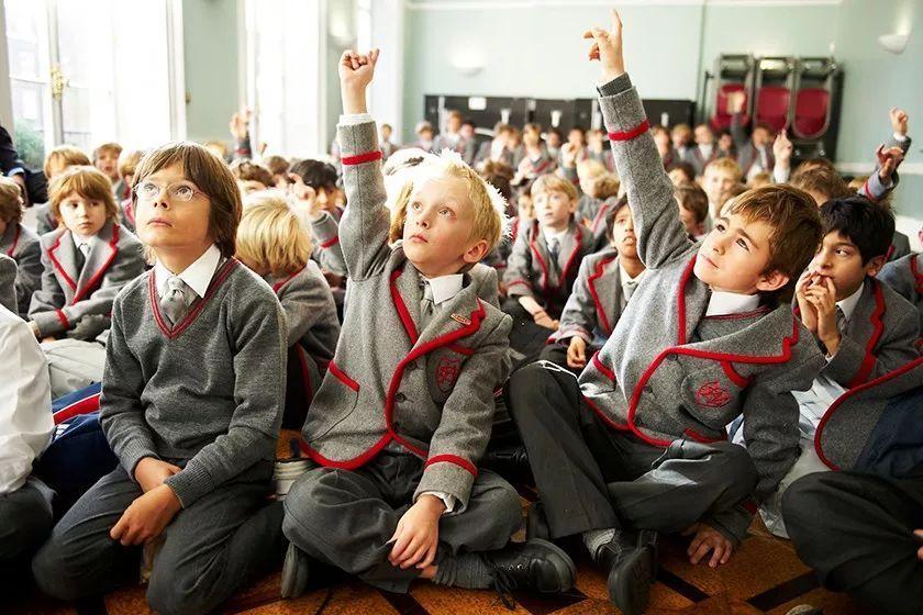 英国中学留学为什么会有男校、女校之分?