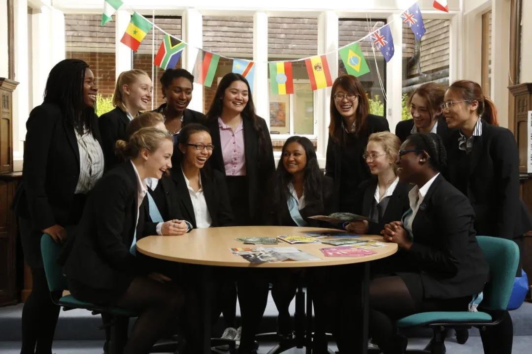 英国BSA出手了!规范了低龄留学的市场和监护乱象