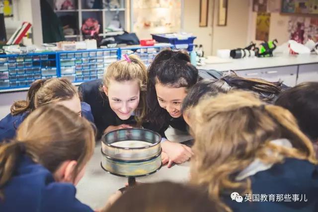 英国低龄留学私立女校