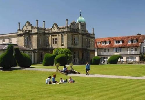 去英国高中留学是怎么样的?